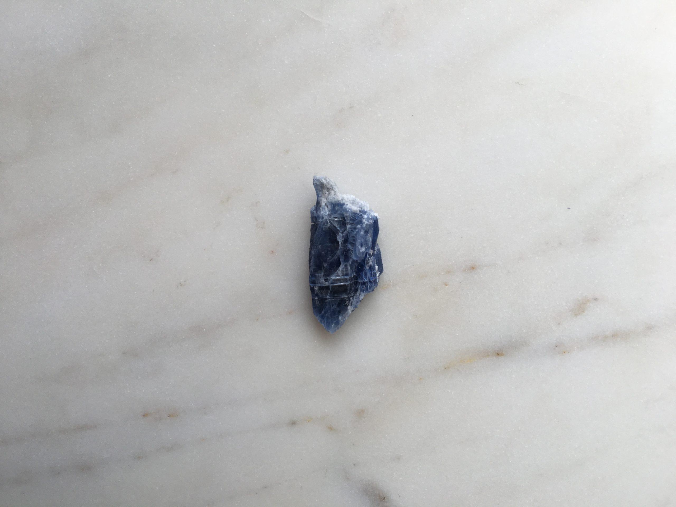 Kyanite raw crystal